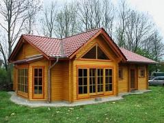 Уютный дачный дом