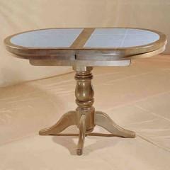 стол с кафельной плиткой