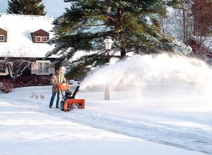 Ледобуры и снегоуборочная техника для дачи