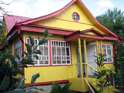 Покраска дачного домика
