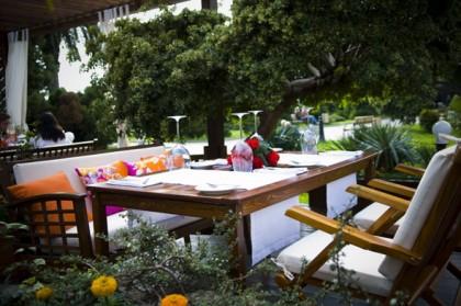 Деревянная мебель для ресторанов и кафе