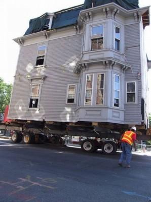 Как перевезти дом?