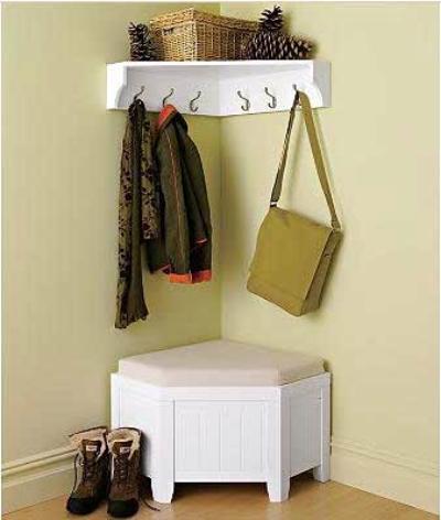 Угловая мебель для маленькой прихожей