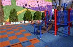 мягкое покрытие для детских площадок
