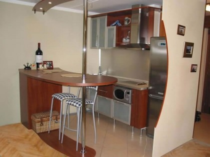 Design kitchen with breakfast bar, Дизайн кухни с барной стойкой