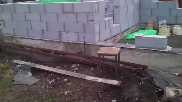 House tvinbloka