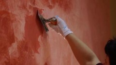 How to apply Venetian plaster