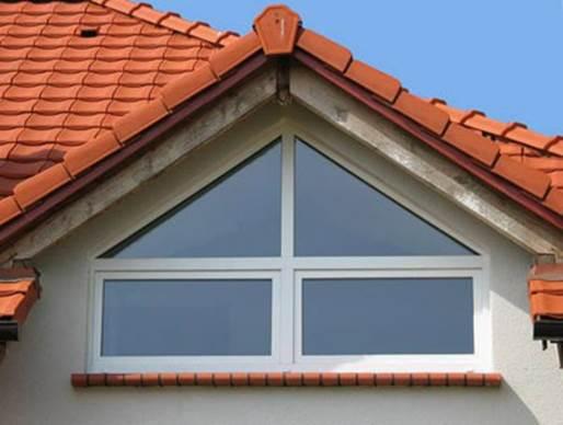 Треугольные мансардные окна фото
