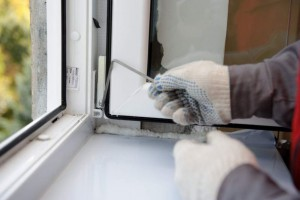 Repair of plastic windows with their hands