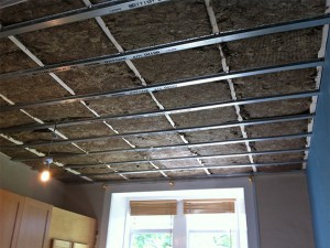 Soundproofing a ceiling in the panel house