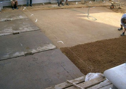 Technology laying concrete slabs
