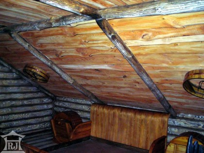 Wooden beams on the ceiling3