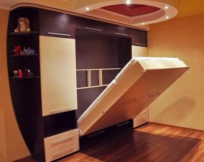 Подъемная кровать встроенная в шкаф