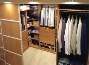 closet in the dressing room