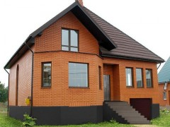 color brick house