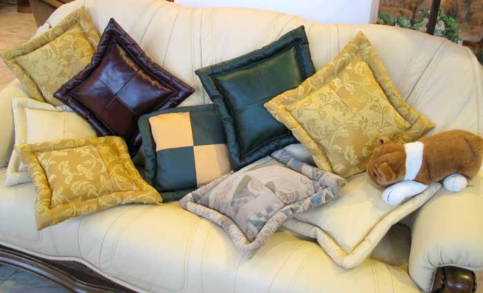 Фото диванных подушек своими руками