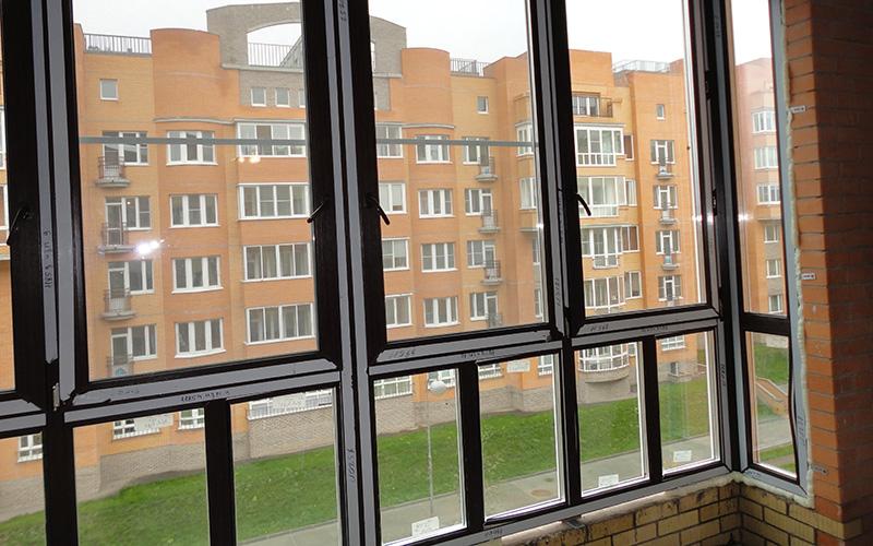 По правилам остеклить балкон или лоджию есть решение.