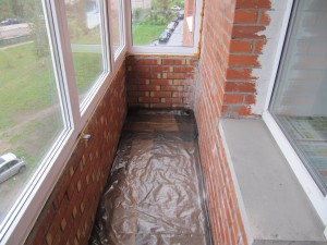 insulate the floor in the loggia