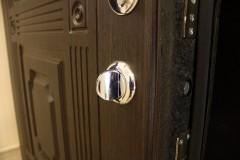 metal doors3