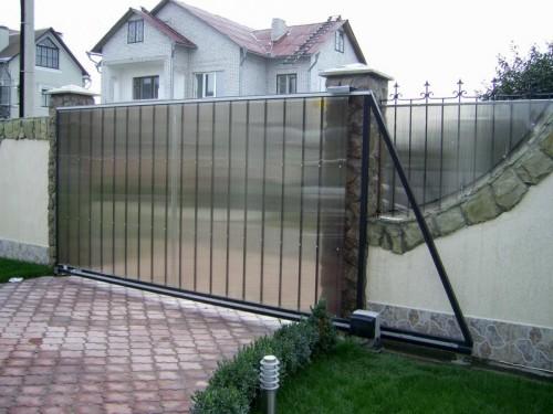 Почему Вам стоит установить откатные ворота