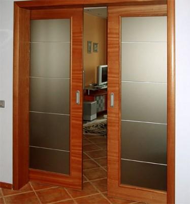 Как переделать распашные двери в раздвижные